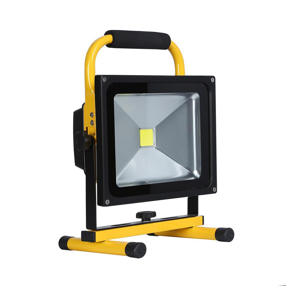 Proyector LED,  30W con batería recargable